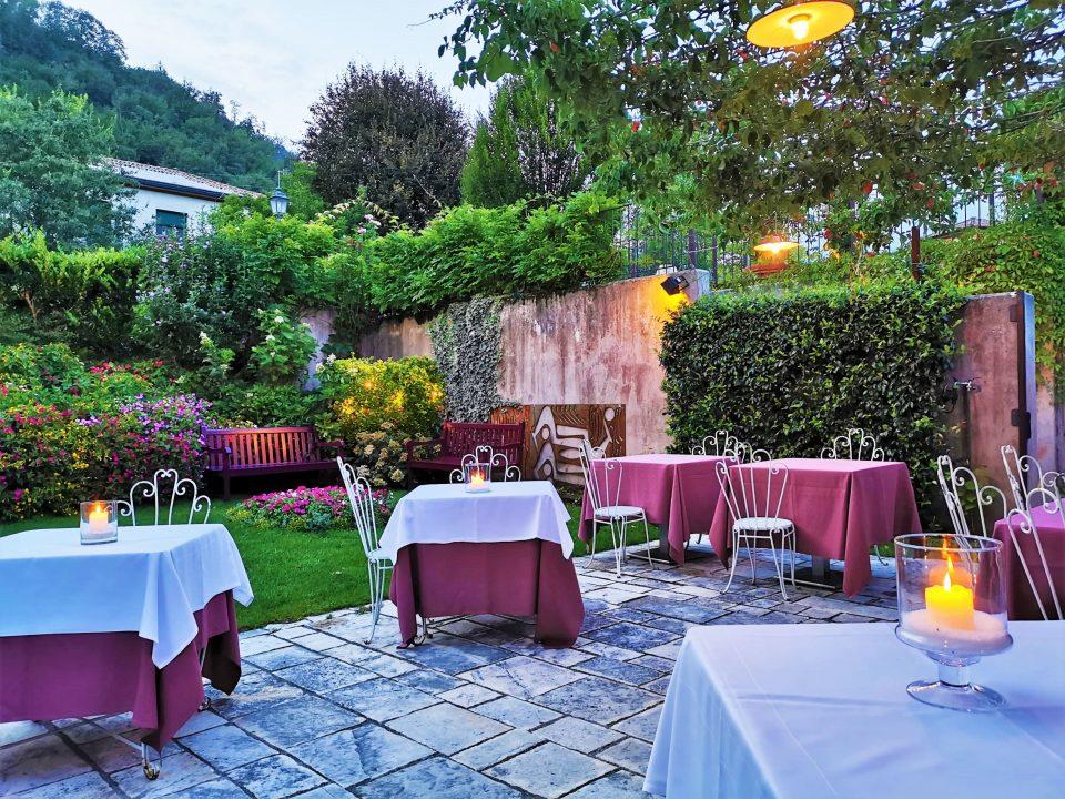 イタリア レストランのチップ