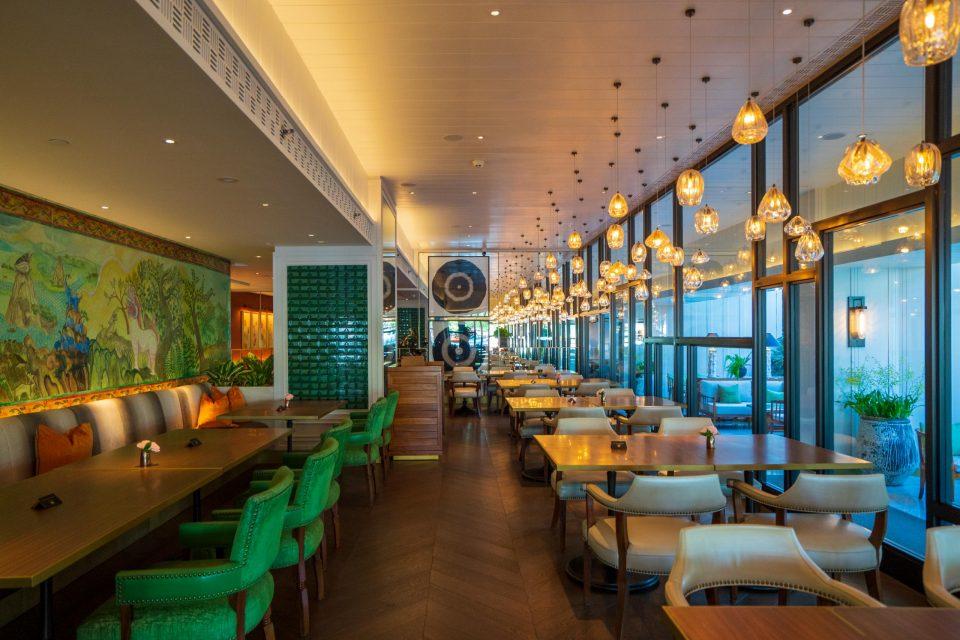 バンコク ベランダ オリエンタルホテル