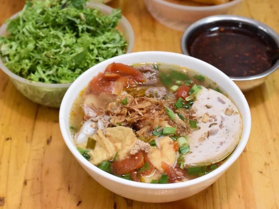 ベトナム料理 ハノイ名物 ブンジウ