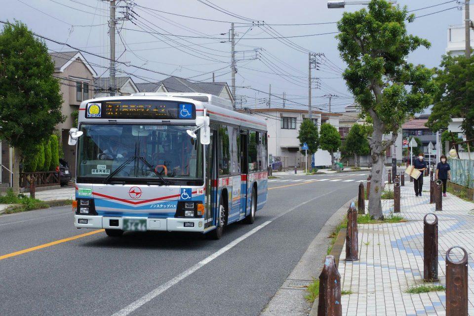 東京湾フェリー行きの京浜急行バス「久7」系統