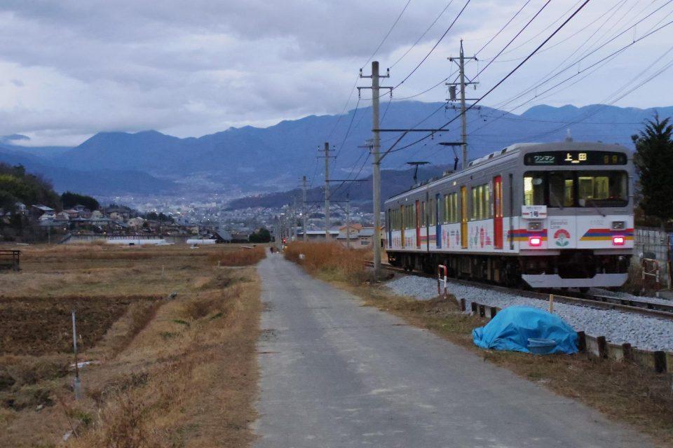 別所温泉から上田市の市街地は遠くに見渡せる