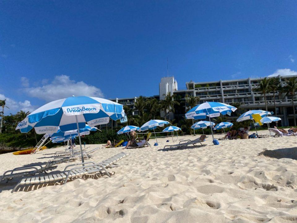 ムーンビーチホテルのビーチ