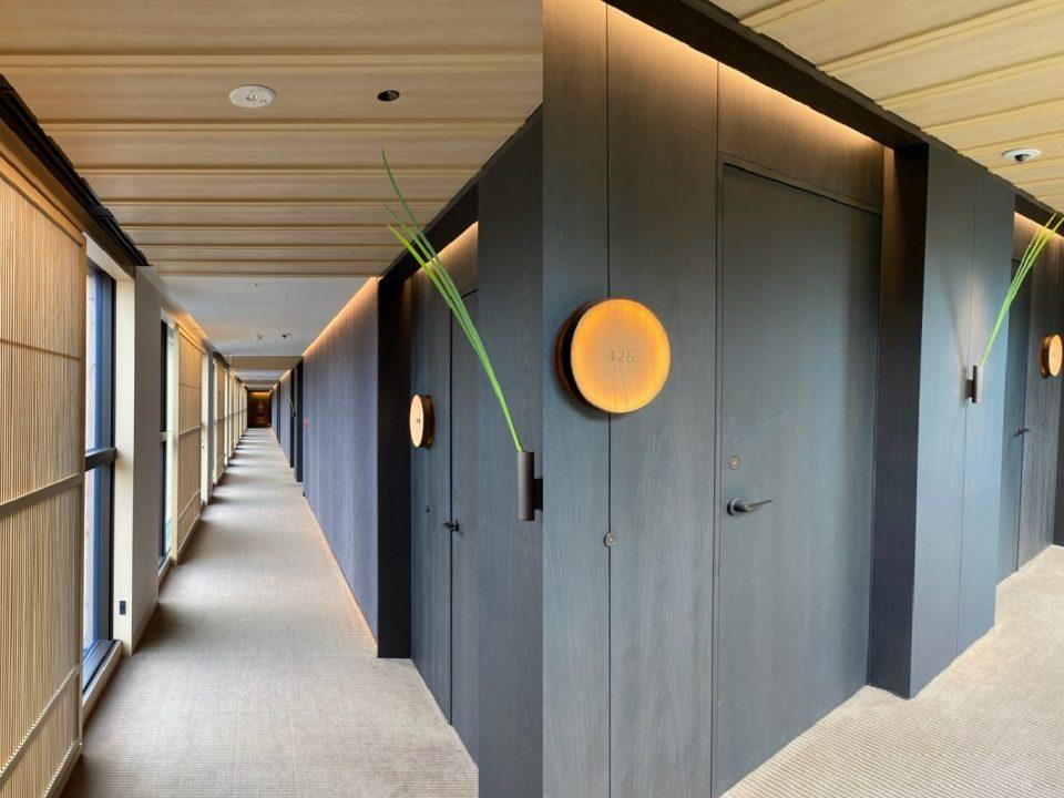 ザ・リッツカールトン日光の客室フロア廊下