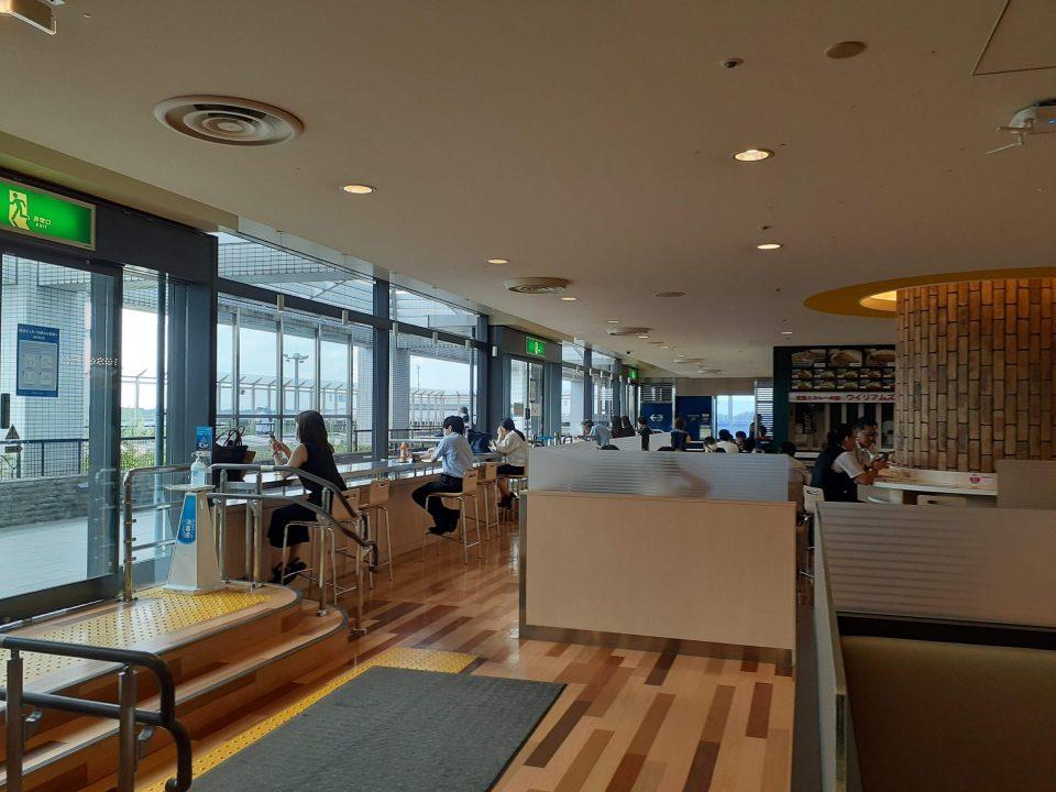 成田空港第一ターミナルフードコート